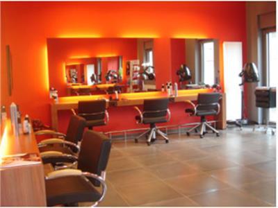 Salon de Coiffure Manhattan - Anti-Aging Pflege, Barbier : Editus