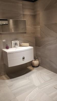 Carrelages de cillia s rl bathroom exterior tile editus for Carrelage de cillia