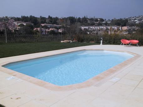 Mr piscines sanitaire spa editus for Mr piscine thionville