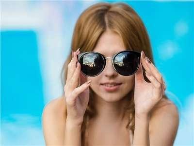 Les lunettes de soleil, l'accessoire tendance de l'été