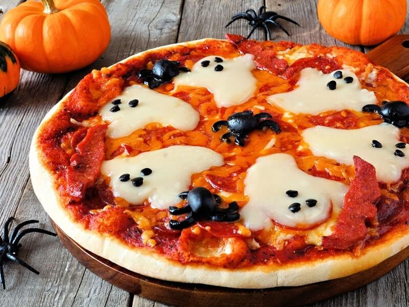 Recette : préparez une pizza effrayante pour Halloween !