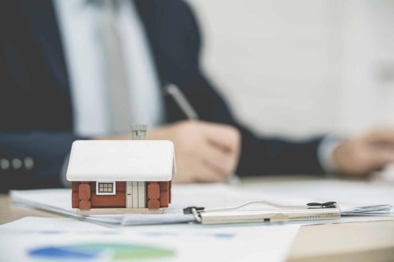 Wie verhandle ich den Kaufpreis eines Hauses?