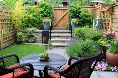 How to build a small garden