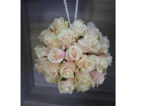 Jolie composition de roses