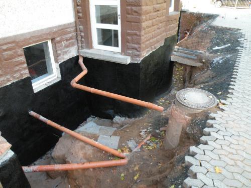 Mauer und Kellertrockenlegung
