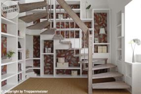 Holztreppe mit Bücherregal