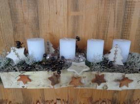 Blumenkurs - Adventsgesteck mit vier Kerzen