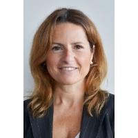 Mme Lucia Gargano
