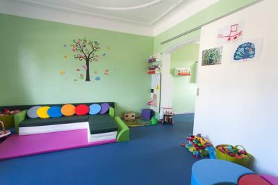 cr che pohunn activit s pour enfant cr che et foyer de jour pour editus. Black Bedroom Furniture Sets. Home Design Ideas